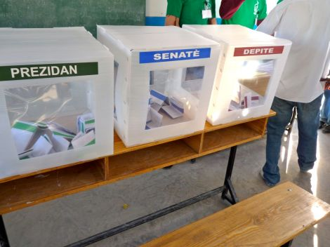 Ballot boxes begin to fill at the Pernier polling station. Photo: Ansel/Flickr